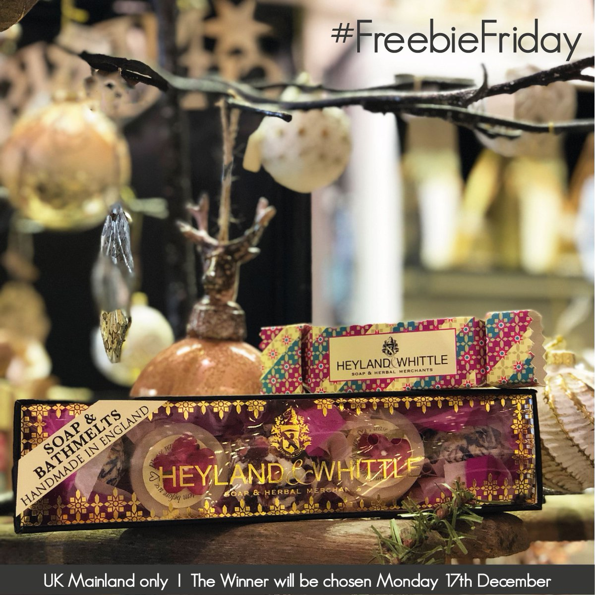 It's #FreebieFriday time! One lucky pair will each take home a Soap &amp; Bathmelts Gift Box and a Christmas Cracker. To enter, like this post and tag a friend. Best of luck to all! #LikeToWin #Giveaway #HomeFragrance #TagAFriend #CompetitionTime #GiftIdeas #Win #ChristmasGifts<br>http://pic.twitter.com/q3Z3FfwZyz