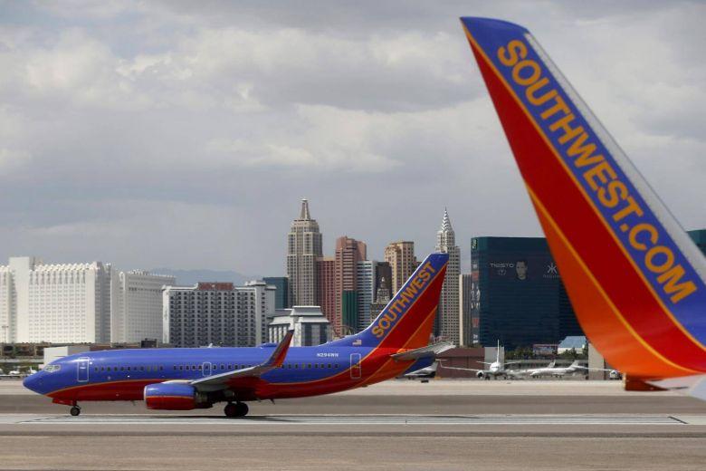 #SouthwestAirlines flight turns back after human heart left on board https://t.co/kPMwWvXbuu