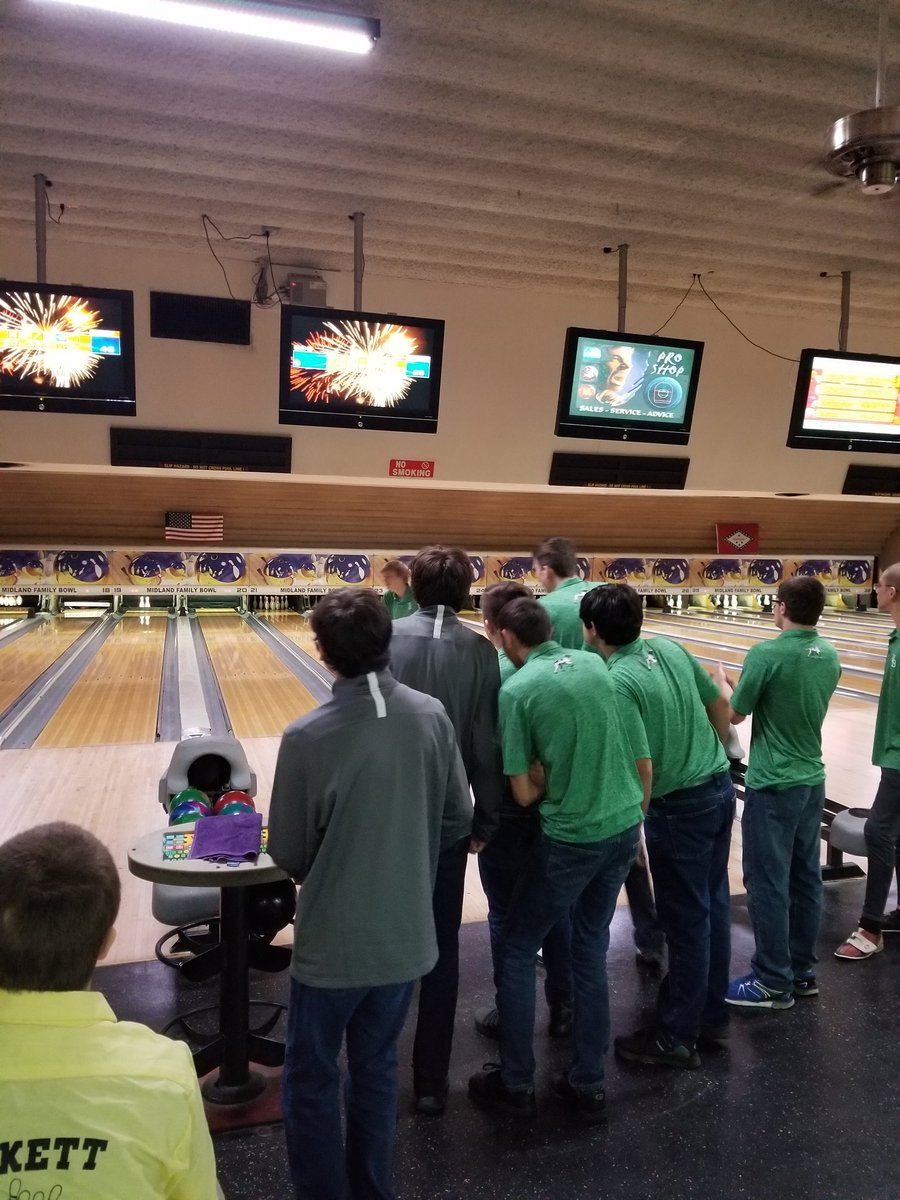 791c7578da1 The boys bowling team improved to 3-1 with a 2706-1787 win over Hackett.  Jake Pullan was medalist. Two Pointers had Personal Best games tonight with  Jake ...