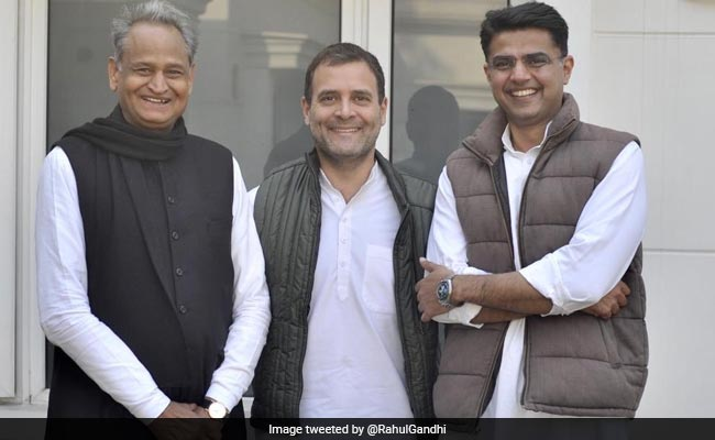 Rahul Gandhi tweet hints tussle for Rajasthan Chief Minister solved, posts photo with Ashok Gehlot and Sachin Pilot saying 'United colours of Rajasthan'  Track LIVE updates here: https://t.co/TfHgEJ2ppO  #AssemblyElections2018 #ResultsWithNDTV #RajasthanAssemblyElections2018