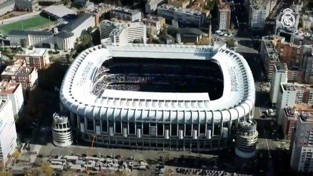🎉🔝🏟 ¡Feliz 71 cumpleaños al mejor estadio del mundo, el Santiago Bernabéu! #HalaMadrid