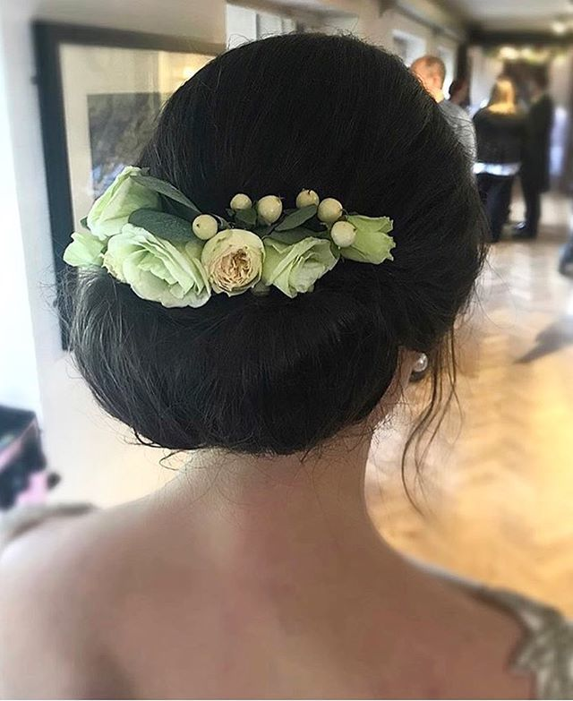 Tufties Salon On Twitter Classic Bridal Updo By Victoria