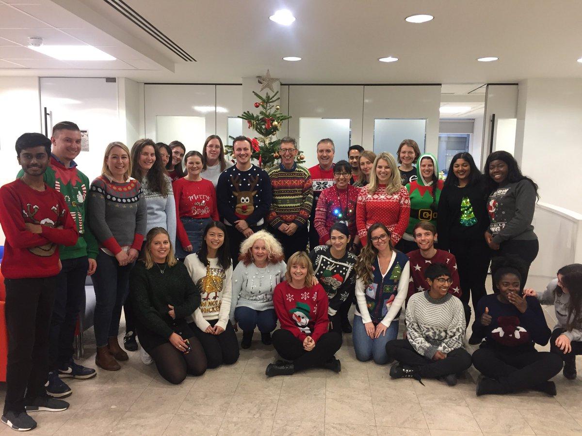 It's #ChristmasJumperDay - classy knits all round @BDBpitmans @savechildrenuk https://t.co/QRHxYIQ4fo