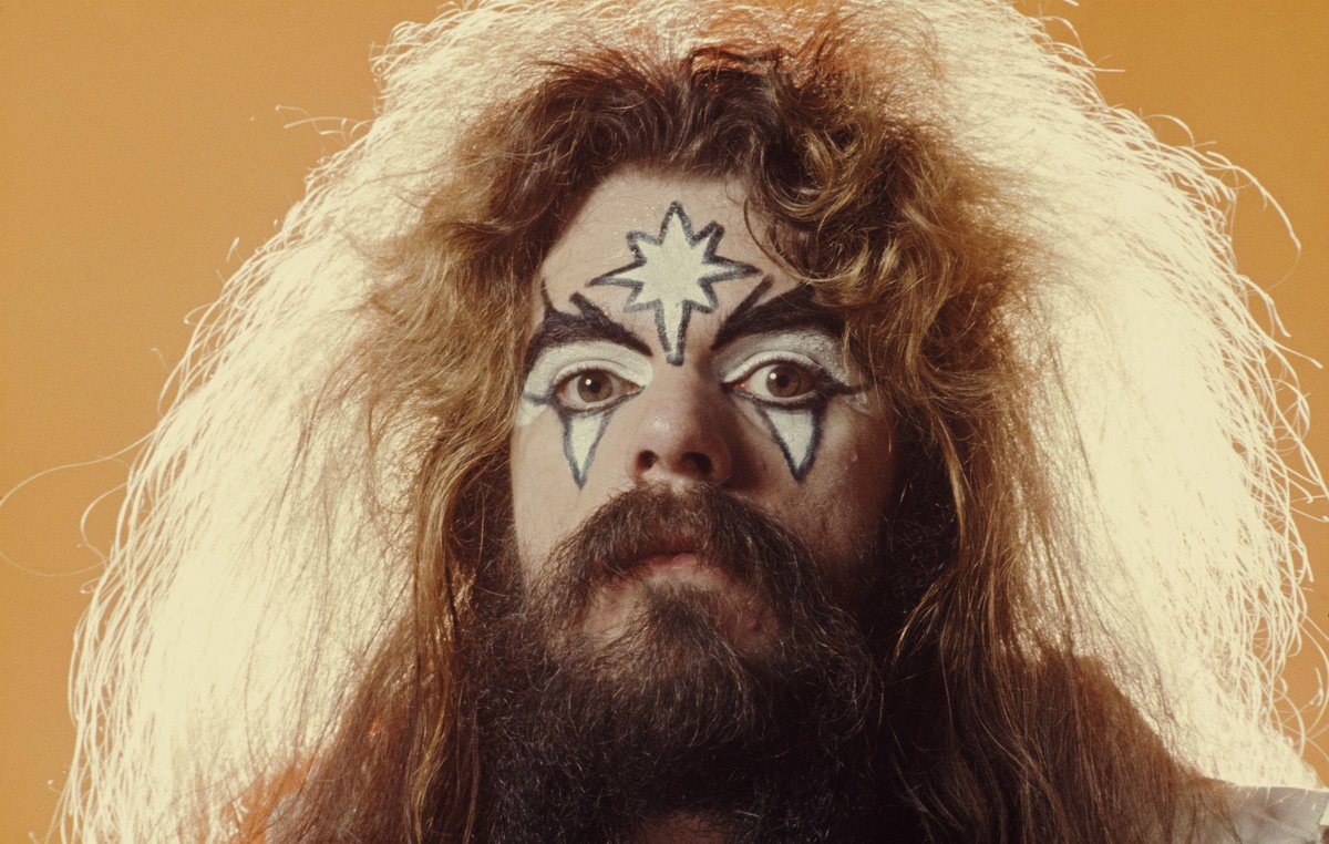It's a Christmas miracle – Wizzard's Roy Wood has had his stolen tour van returned https://t.co/anL1f0cyj1
