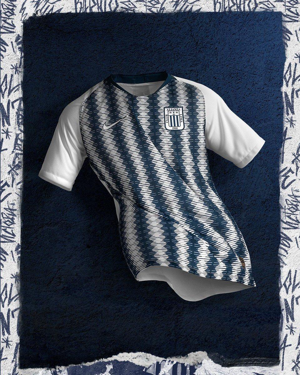 Esta será nuestra camiseta para el 2019. ¡PONTE LA BLANQUIAZUL!   ArribaAlianza Hoy venta exclusiva por web➡ A partir del sábado 15 de  diciembre consigue ... 8f8fe6d2755