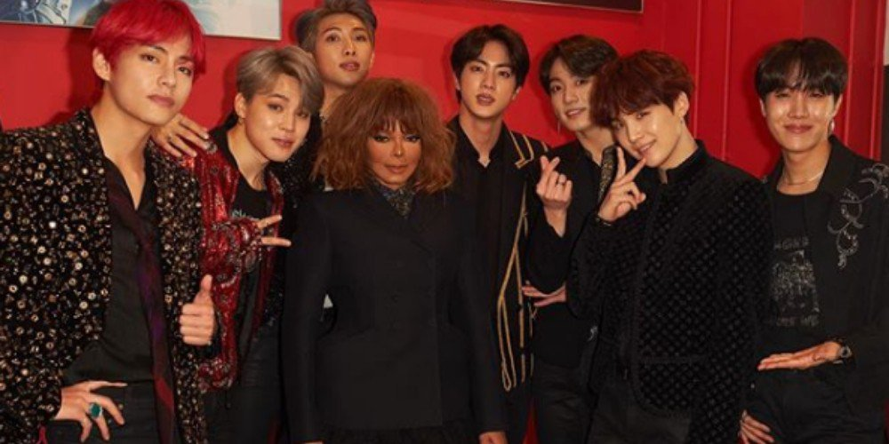 Janet Jackson shares a photo with #BTS from the #2018MAMA https://t.co/JqIOf6g6ik