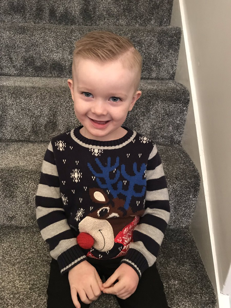@PlayGemRadio My little boy wearing his Christmas jumper for nursery Today!