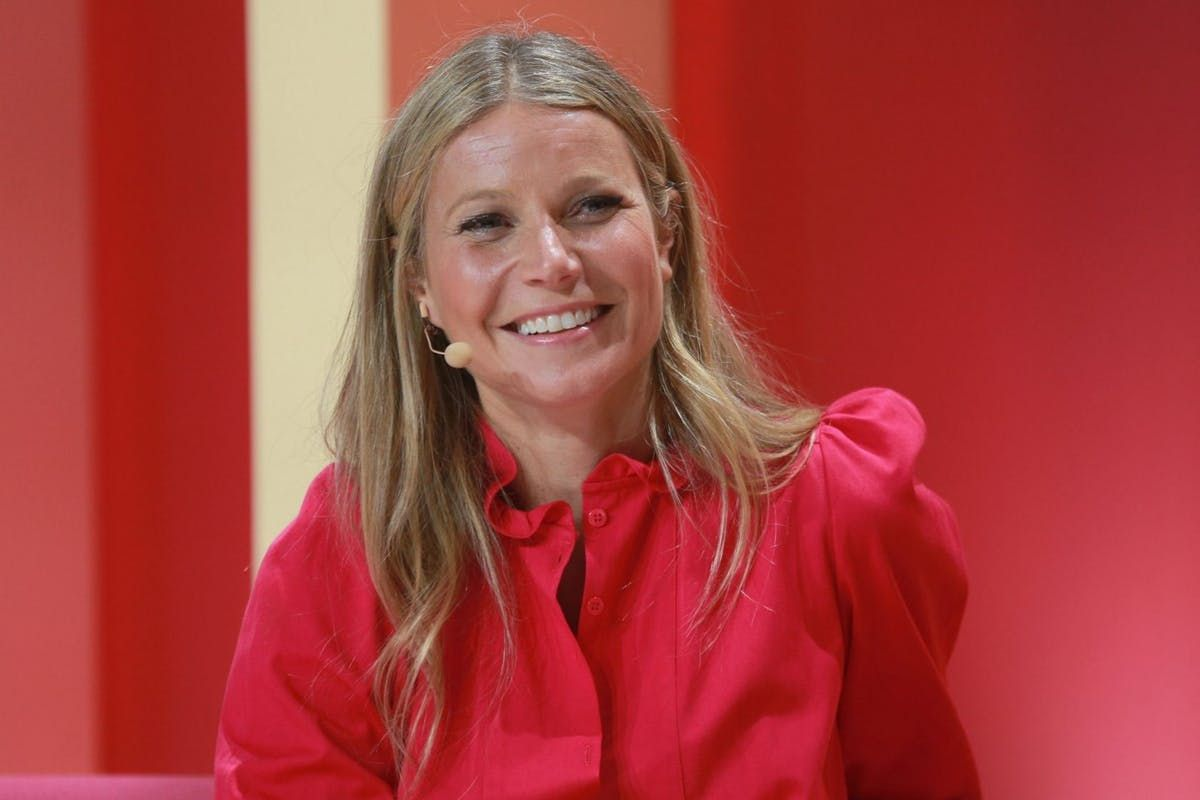 8 of the most ridiculous things from Gwyneth Paltrow's Goop Christmas gift guide https://t.co/7hXm30Rznf #goop #christmasgiftsideas
