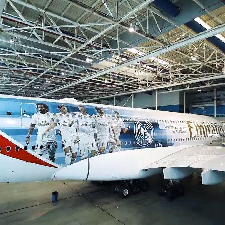 👀✈ ¡Echa un vistazo al nuevo @RealMadrid x @Emirates A380! #HalaMadrid