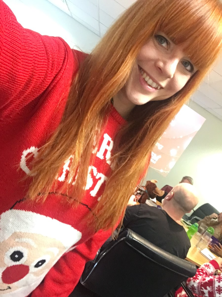 Supporting @CashforKidsGem Jumper Day with this beauty @PlayGemRadio #MissionChristmasJumpers 🤶🎄#CashForKids