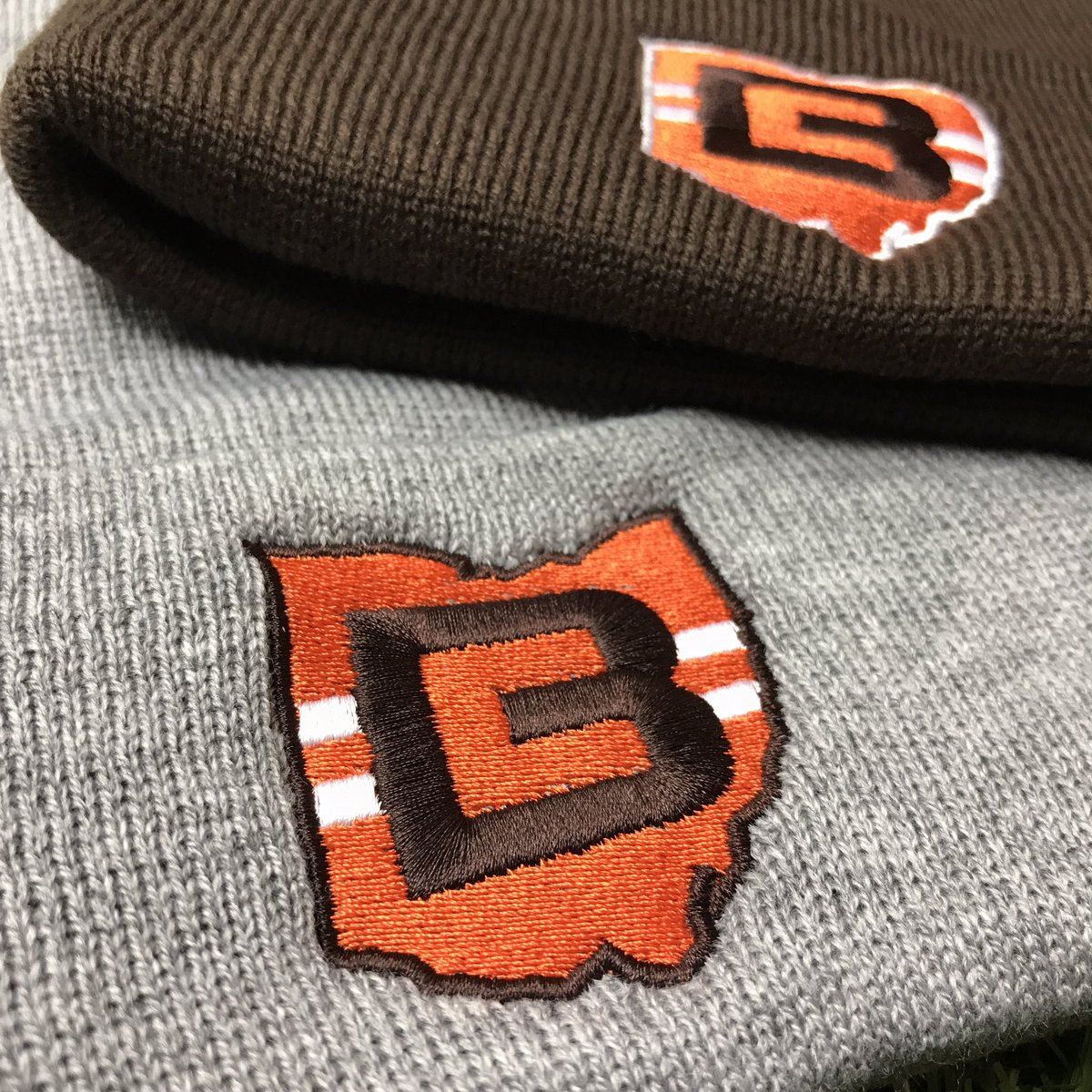 614b5afeab7636 Our brand new CB Ohio hats are available in winter beanies, snap backs, dad  hats and a brand new mesh hat!pic.twitter.com/1nlp4hO2cN