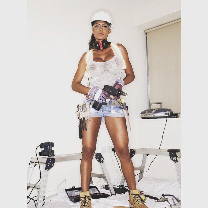 TW Pornstars - Fernanda Ferrari. Pictures and videos from
