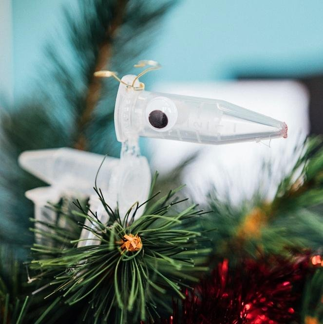 FISHING LURE CHRISTMAS ORNAMENTS LARGE YELLOW