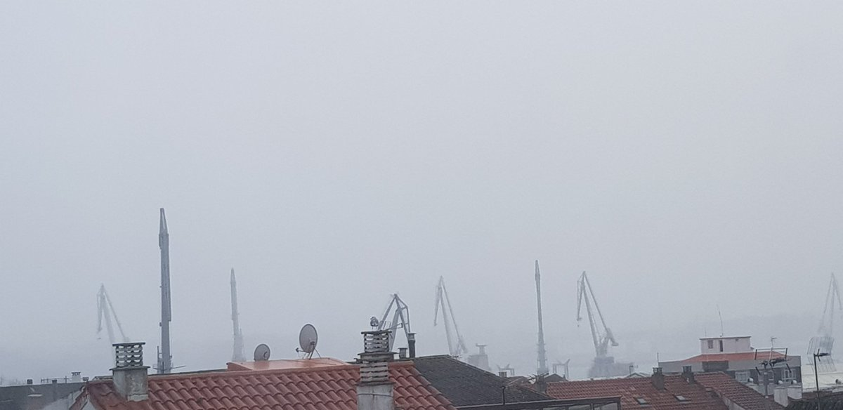 Today I am in Ferrol ( Coruña). Gloomy day here but looking forward  to meeting some new teachers. #highlymotivatedteachers #worshop #collaborativefreetoolspic.twitter.com/shDi24j66d