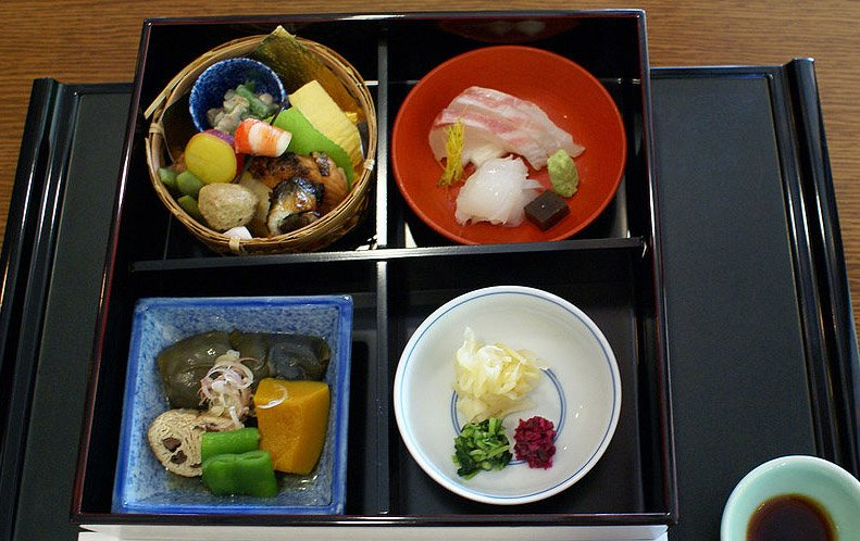"#komatsu #Japan #travel #ishikawa #tourism Delicious japanese restaurant in Komatsu""Nakazawa""なか澤 小松懐石料理 小松市三日市町54"