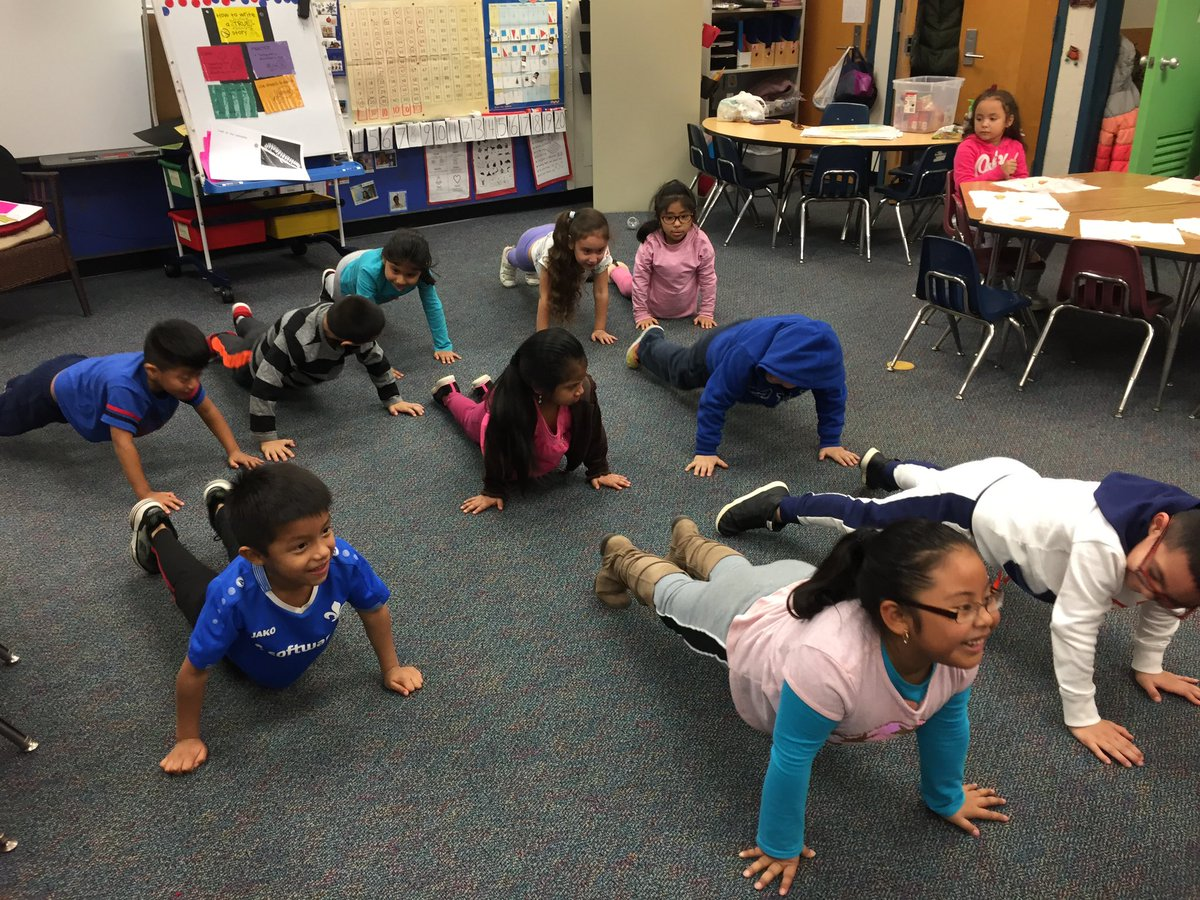 Day 10  - Ten Kindergarten students being fit doing push-ups <a target='_blank' href='http://search.twitter.com/search?q=ClassRoomContest'><a target='_blank' href='https://twitter.com/hashtag/ClassRoomContest?src=hash'>#ClassRoomContest</a></a> <a target='_blank' href='http://twitter.com/ArlingtonVAFD'>@ArlingtonVAFD</a> <a target='_blank' href='http://search.twitter.com/search?q=KWBPride'><a target='_blank' href='https://twitter.com/hashtag/KWBPride?src=hash'>#KWBPride</a></a> <a target='_blank' href='https://t.co/RBcLw0TDlE'>https://t.co/RBcLw0TDlE</a>