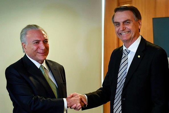 #UltimOra Battisti, presidente uscente del Brasile Temer firma decreto estradizione #canale50 https://t.co/0kxapzNrby