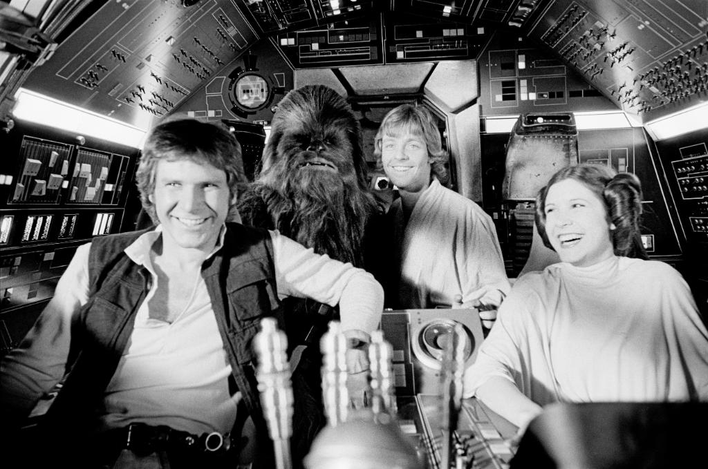 Explore rare photos from the trilogy that launched a saga in The Star Wars Archives: https://t.co/caxakKTAnd