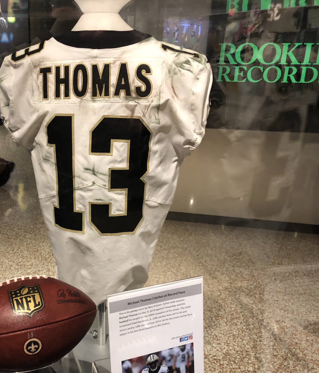 Hall Of Fame Vibes: @Cantguardmike's jersey from when he broke the @NFL record for most receptions in his first three seasons is now at the @ProFootballHOF ⚜️