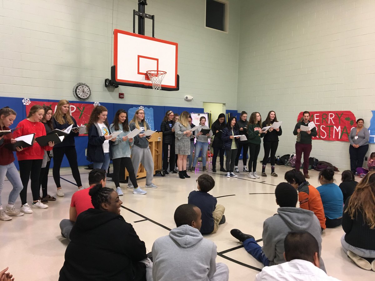HB Woodlawn Singers sharing holiday songs with the Stratford Program.  <a target='_blank' href='http://search.twitter.com/search?q=StratfordRocks'><a target='_blank' href='https://twitter.com/hashtag/StratfordRocks?src=hash'>#StratfordRocks</a></a> <a target='_blank' href='https://t.co/PhwxnPRo85'>https://t.co/PhwxnPRo85</a>