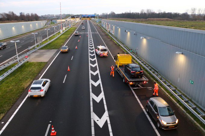 File door ongeval op A4 https://t.co/6JbiQqPEJP https://t.co/UBol2MHjFs