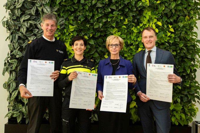 Samenwerken aan veiligheid op en rond FloraHolland Naaldwijk https://t.co/112Vv8jBZM https://t.co/JIJea8gsHa