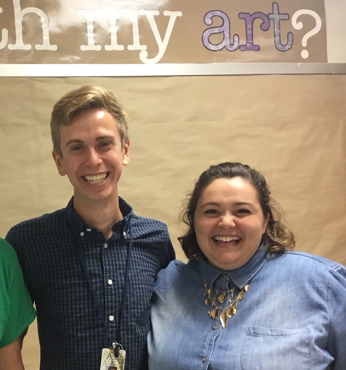 Applause for Oakridge music teachers ,McKenzie Sterner and and Zach Martini, who successfully attained a grant to purchase 30 ukuleles for integration in the 5th grade music curriculum at Oakridge! ⁦<a target='_blank' href='http://twitter.com/APSArts'>@APSArts</a>⁩ ⁦<a target='_blank' href='http://twitter.com/APSVirginia'>@APSVirginia</a>⁩ <a target='_blank' href='http://search.twitter.com/search?q=APSArtsGreat'><a target='_blank' href='https://twitter.com/hashtag/APSArtsGreat?src=hash'>#APSArtsGreat</a></a> <a target='_blank' href='https://t.co/98vBIaB6JP'>https://t.co/98vBIaB6JP</a>