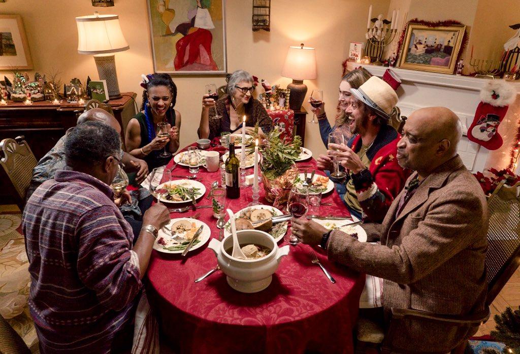 """Résultat de recherche d'images pour """"sense8 christmas special f*ucking happy new year"""""""