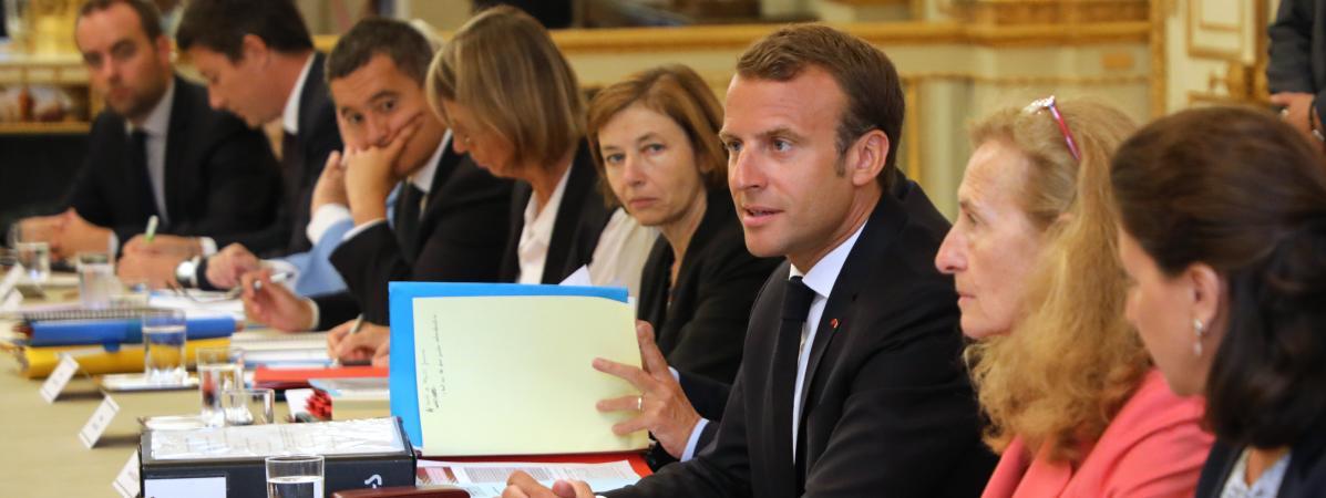 Emmanuel Macron et ses ministres ne seront pas augmentés au 1er janvier  https://t.co/UaNgmcW5eW