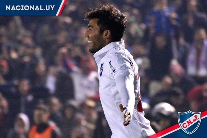 AHORA | Se acaba de cerrar el acuerdo entre Tabare Viudez y Olimpia de Paraguay. Tres años de contrato para el jugador que partirá en condición de libre en los próximos días a Asunción para hacer los estudios médicos.