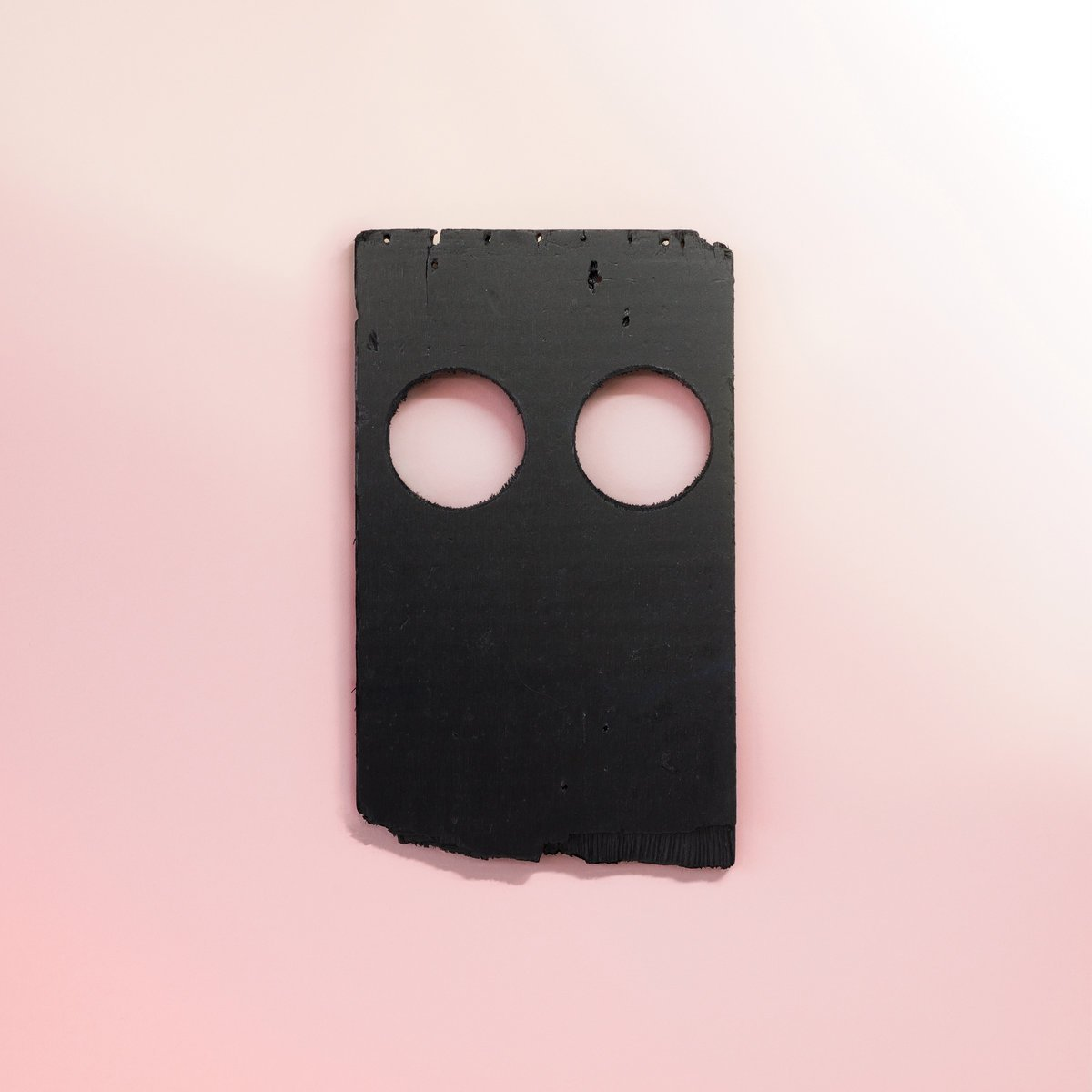 Low (@lowtheband) returned in 2018 with one of their most ambitious albums yet, 'Double Negative,' on @subpop. It comes in at #52 on our listener voted #KEXPTop903 countdown. Read our interview with Alan Sparhawk on the making of the record: https://t.co/n7feZmNBWs