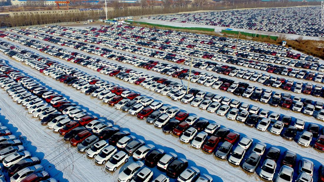 China says it will temporarily slash tariffs on US auto imports as it tries to negotiate a trade deal with the US https://cnn.it/2EwPmxt