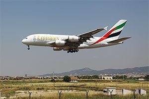 Airbus A380-800, AG-EDR, Emirates, El Prat - Barcelona International, BCN, LEBL, Spain, Yohanan Borda  #emirates #airbusa380 #agedr #aeromundi #aeropuertobarcelona #aeropuertoelprat #aeropuertos #barcelonaairport #barcelona #barcelonaelprat http://www.aeromundi.com/graphicContentView.php?id=918…