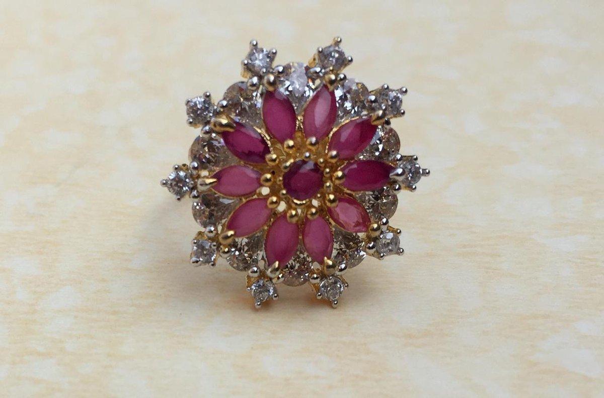 rings #jewelry #fashion #earrings #love #ring #jewellery #accessories #style #gold #bracelets #necklace #wedding #silver #diamonds #diamond #luxury #gemstones #jewelrydesigner #handmade #beautiful #design #ootd #necklaces #jewelrydesign #engagementring #bhfypl @zellowcartpic.twitter.com/vNGpDsRglG