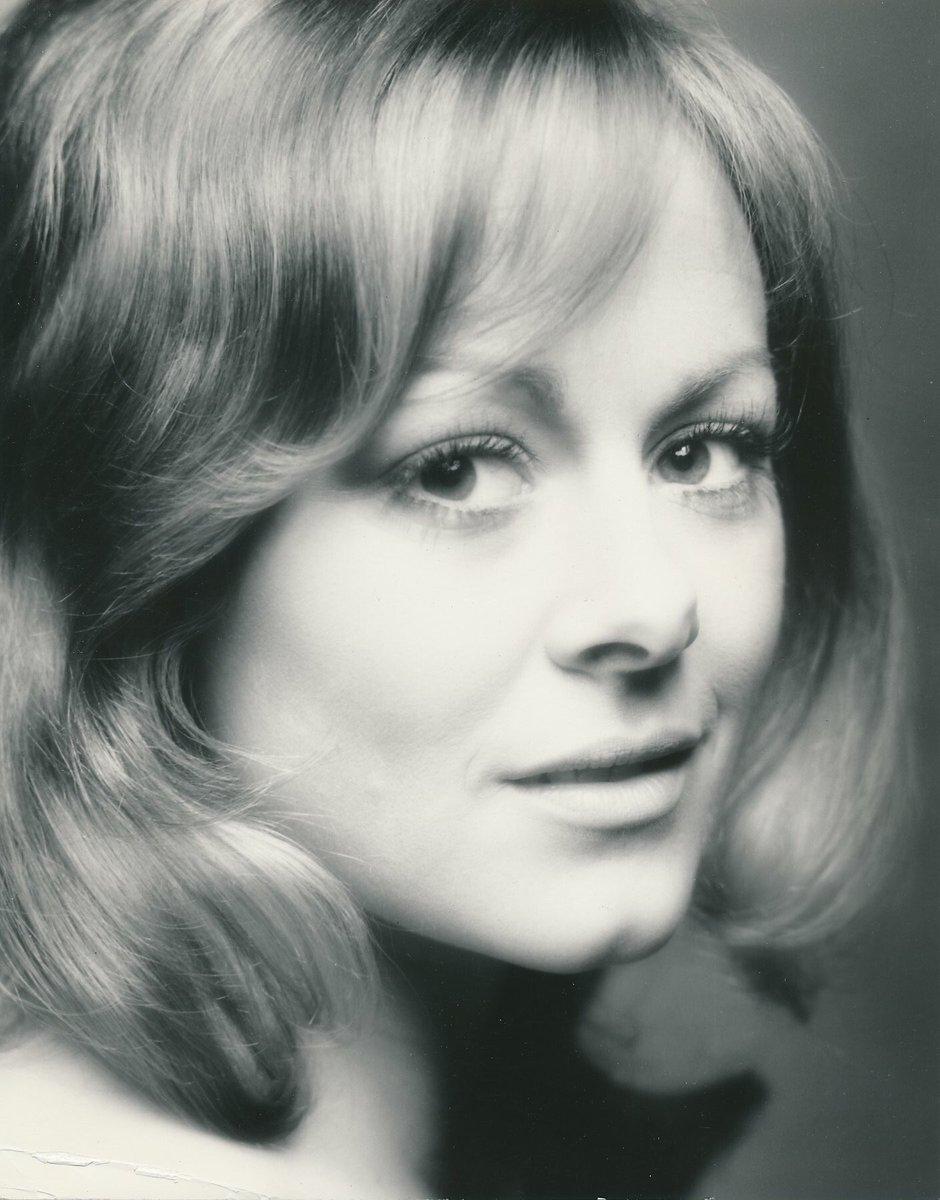 Ann Sidney Nude Photos 36