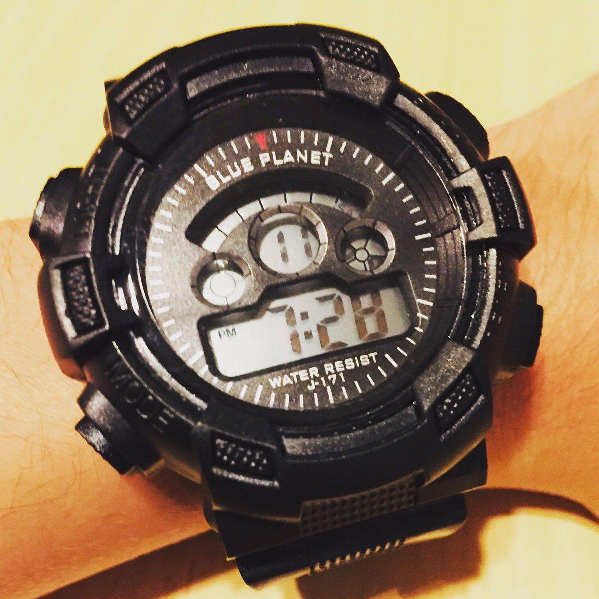 test ツイッターメディア - 明日は職場の試験があるんだけど、腕時計を持っていないから、急きょ購入。これが300円で手に入るんだから、ダイソーはすごいね。助かります。 #ダイソー #腕時計 https://t.co/2uoPWQchF4
