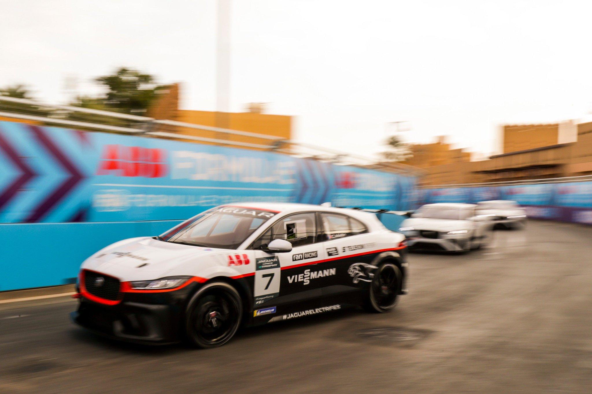 Célia Martin Jaguar eThrophy Riyadh 2018