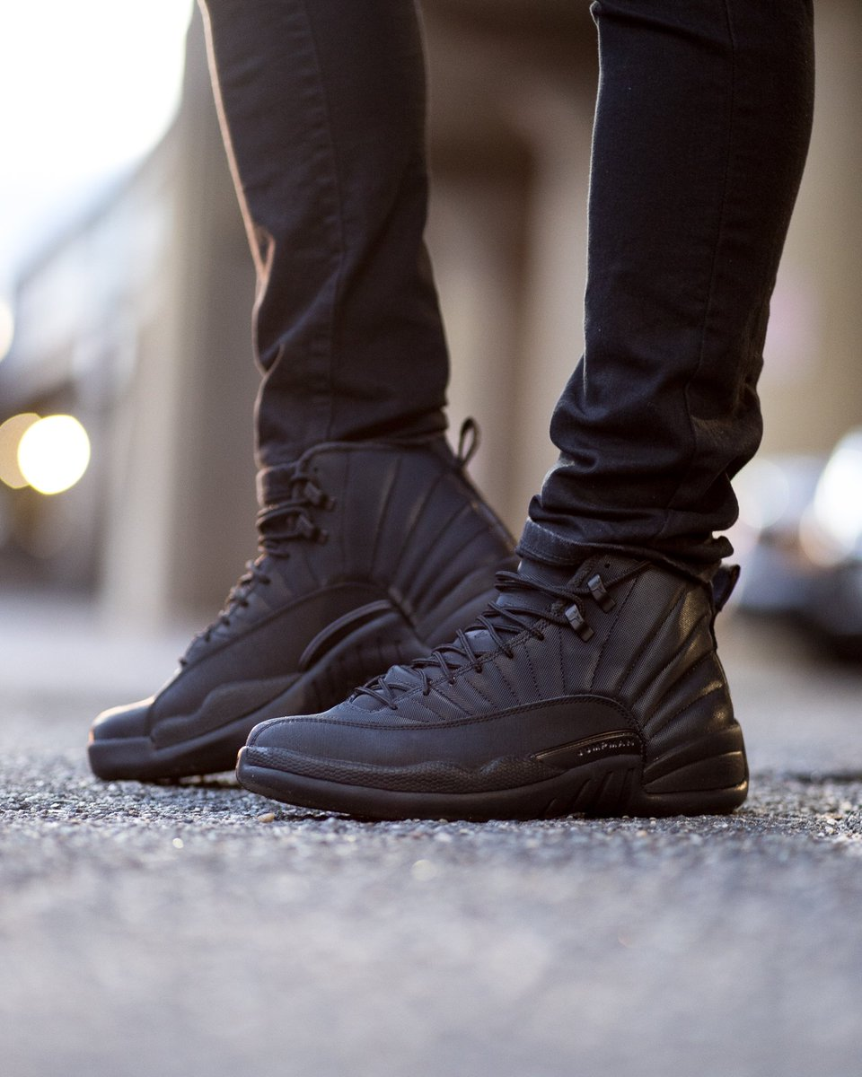 sneakers for cheap 80675 b21e3 GB'S Sneaker Shop on Twitter: