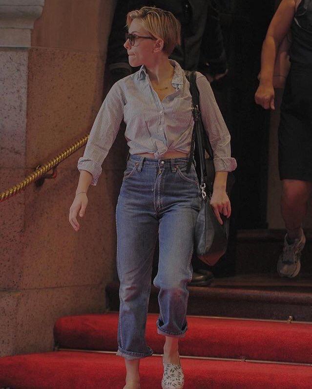 Scarlett Johansson Fanpage On Twitter Scarlett Johansson S Street Style Is So Cute Scarlettjohansson