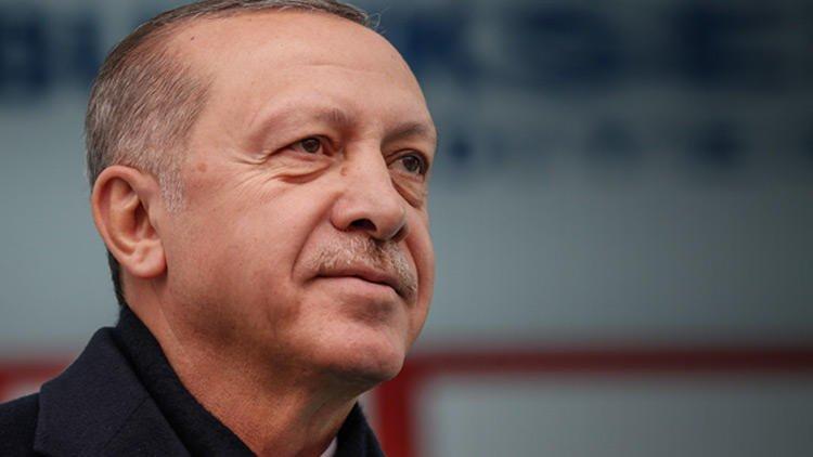 Erdoğan, Denizlide konuşuyor: Vatandaşlar: Bir şarkısın sen, Erdoğan: Aynen t24.com.tr/haber/erdogan-…