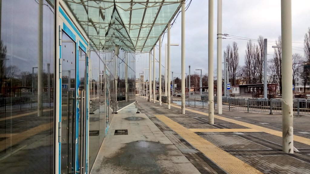 """На новом автовокзале в Бресте появились троллейбусные провода для """"конечной"""""""