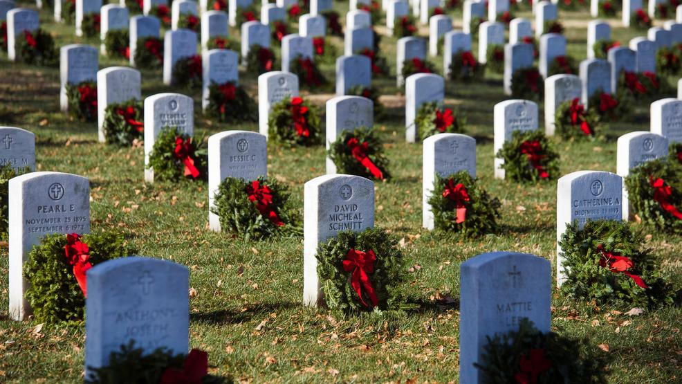 Thousands of holiday wreaths to be laid on headstones at Arlington National Cemetery. https://t.co/uuk3nhoNjl