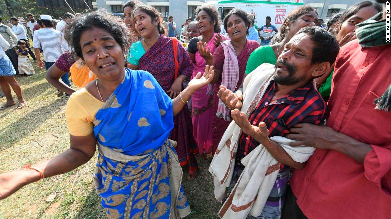 11 people are dead in a suspected religious food poisoning incident in India https://cnn.it/2CfxJ2U