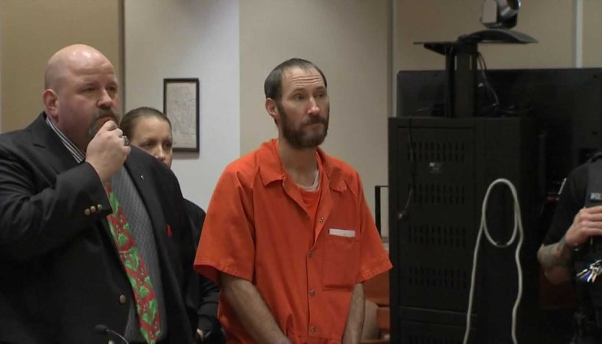 Former homeless veteran accused in $400,000 GoFundMe fraud released from jail #wmc5   >>https://t.co/0Y2OXiSyYw