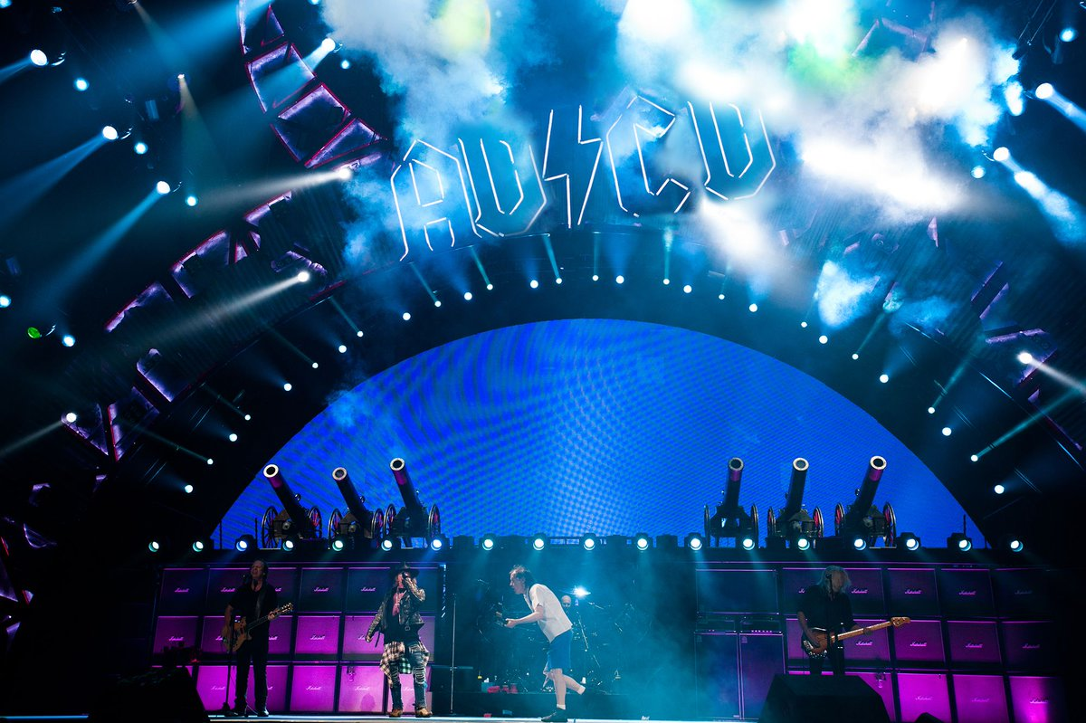 Los disléxicos podrán comprar entradas para conciertos de AD/CD https://t.co/0sYbgWMzrS