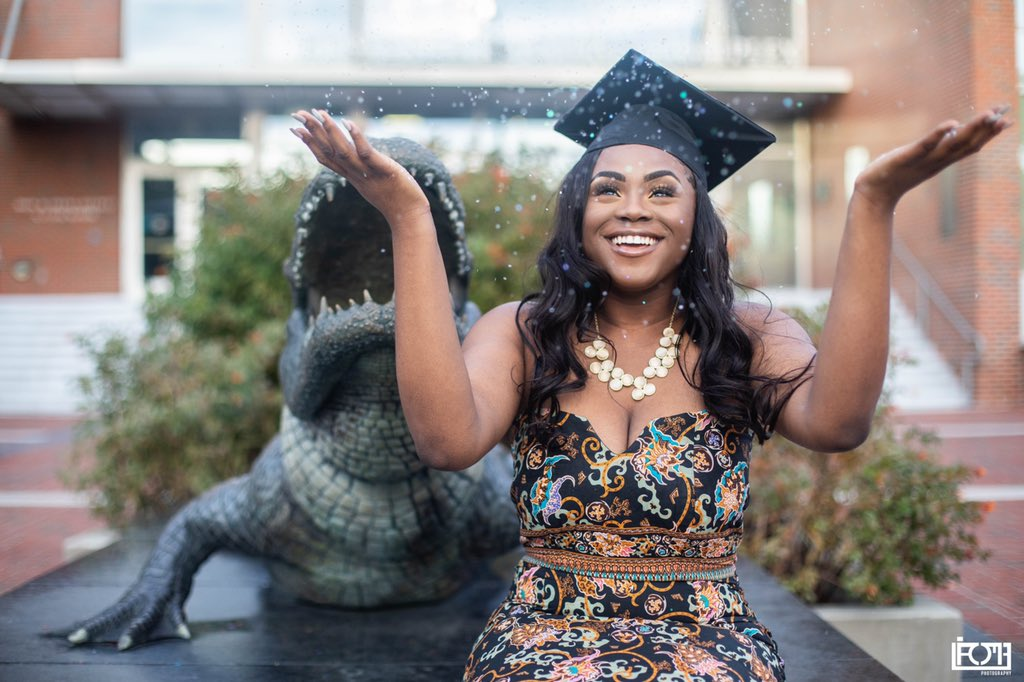3.5 years later! Today I graduate from The University of Florida at 19years old with a B.S in Nutritional Science 🤪👩🏾🎓 #pricewentup #gradszn #classof2018 📸: @_lamephotography