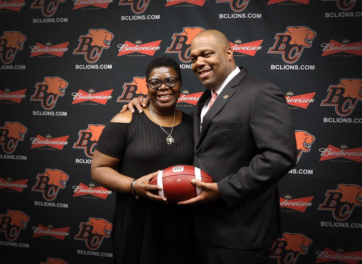 """'The goal is the damn Grey Cup. The key to it is implementing the plan and taking the steps to get there. That's how you work and that's how you're successful.""""  DeVone Claybrooks on joining #BCLions as head coach, upbringing in Virginia and MORE.  📝  https://t.co/G8X9J9OWgK"""