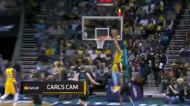 The @Lakers run the break to perfection! ��  #LakeShow 27 #Hornets30 18  ����: https://t.co/cYXnbWzIYB https://t.co/XlEyq2fGfk