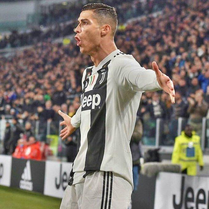 ➔ NADIE ha marcado más goles (11) que él en la presente Serie A. ➔ NINGÚN jugador de la Juventus lleva más goles (12) que él en la presente temporada. ➔ NINGÚN jugador de la Juventus lleva más asistencias (7) que él en la presente temporada. SIMPLEMENTE CRISTIANO RONALDO. Foto