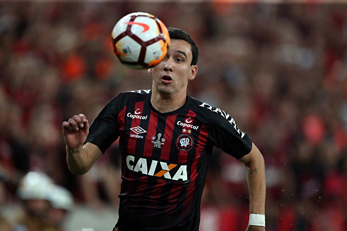 Flamengo aumenta proposta e se aproxima de acerto para comprar atacante Pablo, do Atlhetico https://t.co/53Xg88bMmV